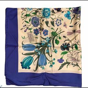 3x Host Pick! Gucci V. Accornero Flora Silk Scarf.